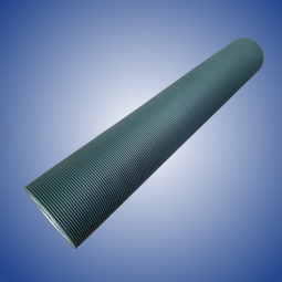 Rubberized roller with fine radial grooving